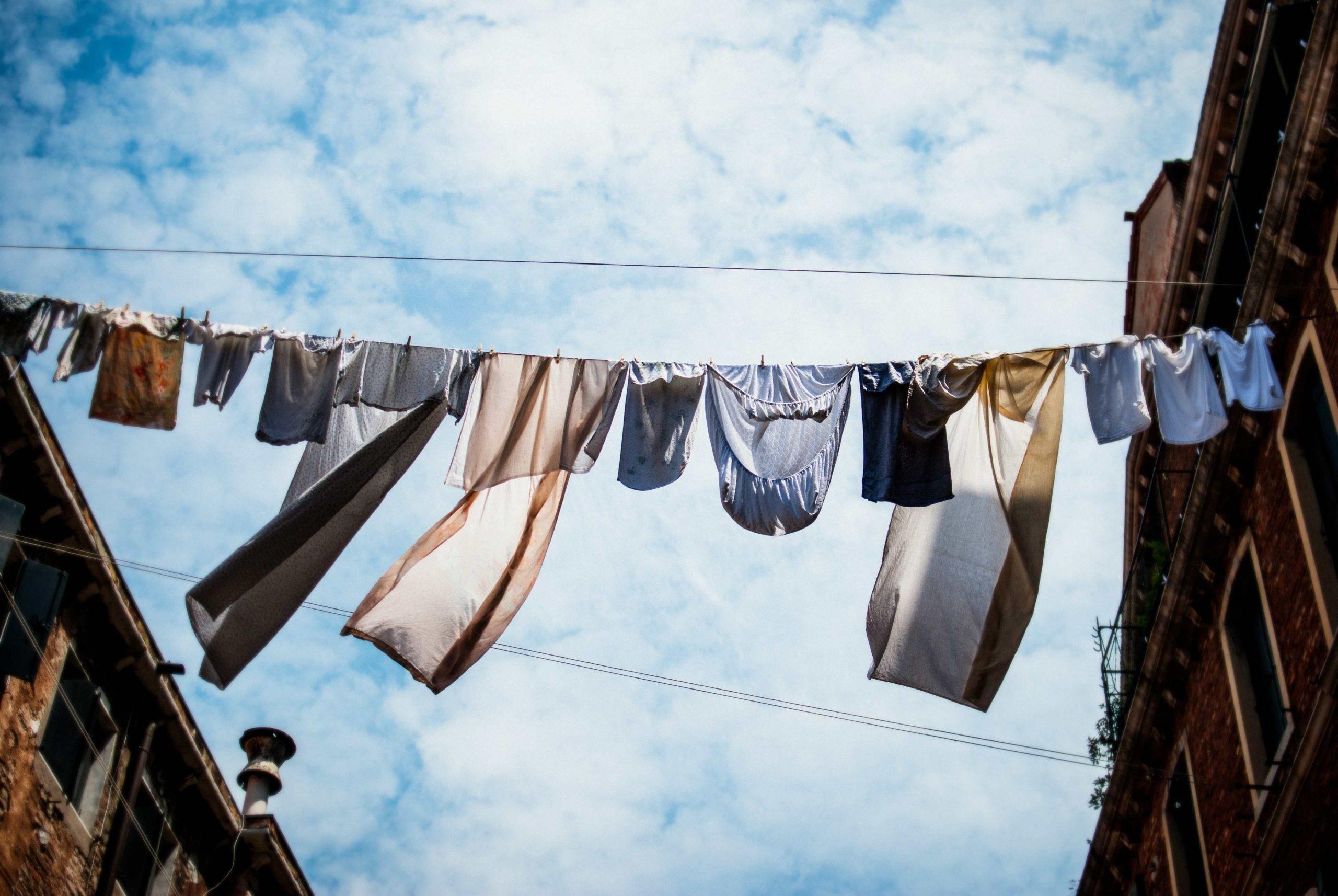 Kleine wasjes, grote wasjes. Met of zonder wasmachine?